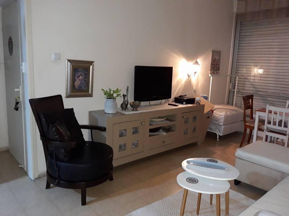 דירת 3 חדרים ברחוב ורד בקרית מוצקין
