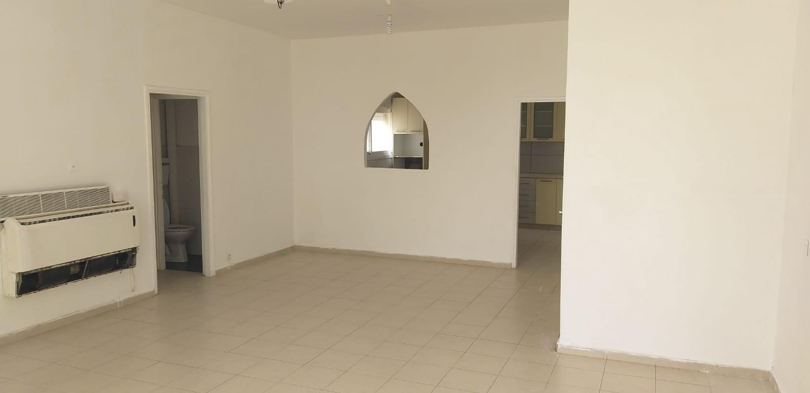 דירת 4 חדרים קרובה למרכז העיר קריית אתא