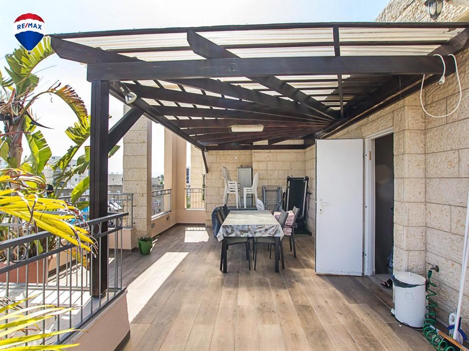 פנטהאוז דופלקס 6 חדרים 2 מרפסות בלוקיישן מדהים!