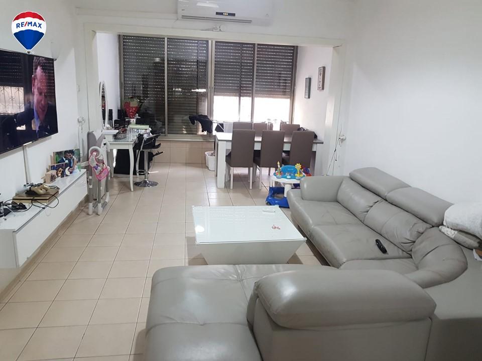 דירת 3 חדרים משופצת ומושכרת במוצקין הותיקה