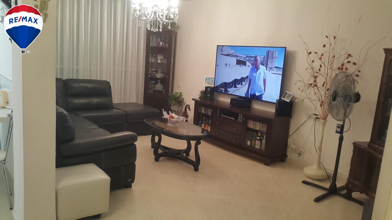 דירת 3 חדרים משופצת ברח' החשמונאים קרית מוצקין