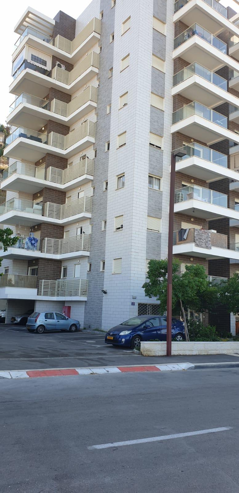 למכירה בחיפה, דירת 3 חד' חדשה ומתאימה להשקעה
