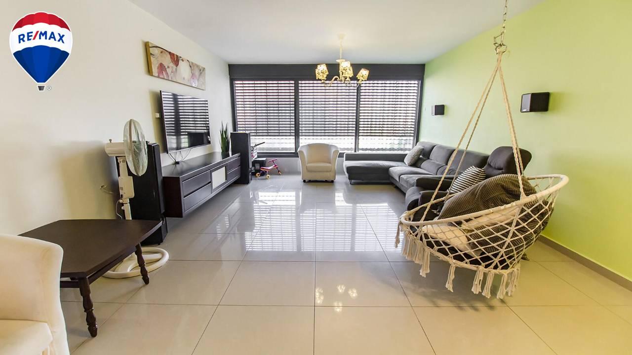 מעולה למשקיעים /מגורים -דירת 4 חדרים בק.מוצקין