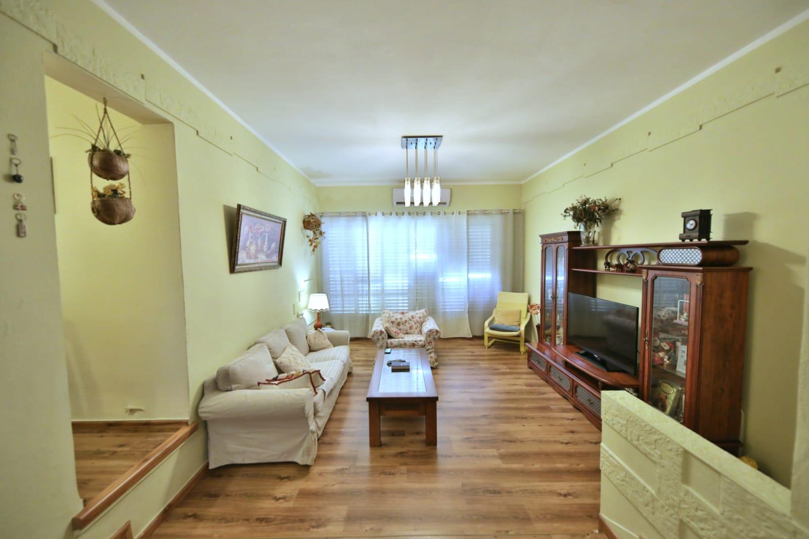 דירה משופצת טובה להשקעה או מגורים